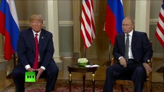 видео «Трамп в кармане у Путина». Американцы назвали своего президента предателем после встречи в Хельсинки
