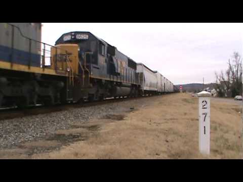 CSX northbound freight in Earlington,KY
