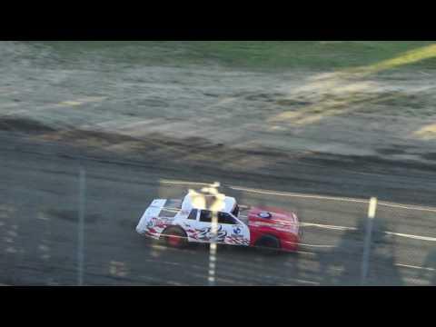 Street Stock Heat Race #1 at I-96 Speedway on 08-5-16.