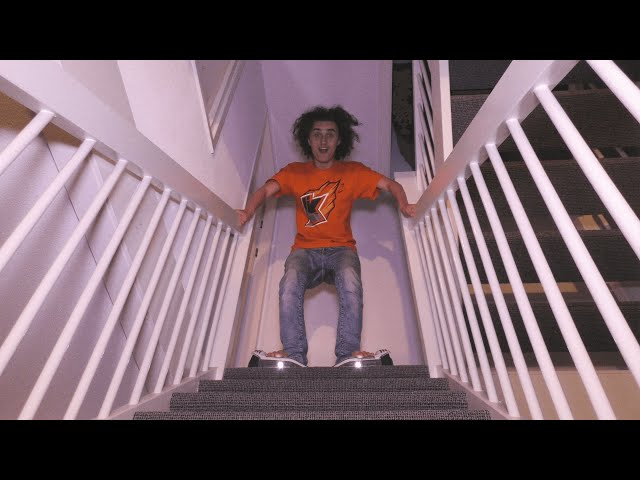 GOING DOWN THE STAIRS WITH MY HOVERBOARD! (Q&A Kwebbelkop)