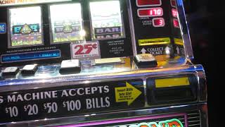 Old school slot machines  - triple diamond line hit !!!