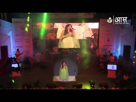"""Jhalla Wallah"" by Shreya Ghoshal ( AAS Housewives Awards 2012 )"