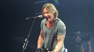 """Keith Urban """"Put You In A Song"""" Live @ Giant Center"""