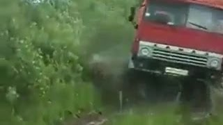 truck Kamaz 4X4 runs off-road | Камаз 4Х4 бездорожье(truck Kamaz 4X4 runs off-road | Камаз 4Х4 бездорожье., 2014-05-08T18:20:33.000Z)