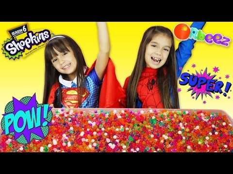Superhero SPIDERGIRL vs SUPERGIRL Orbeez...