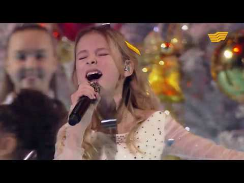 Daneliya Tuleshova (Данэлия Тулешова) - All I want for Christmas is you (Mariah Carey cover)