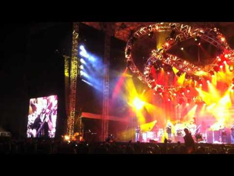 """Dave Mathews Band - """"Ants Marching"""" Live in Chicago"""