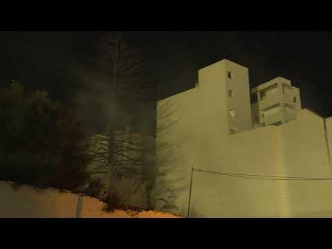 Aparatoso incendio en el descampado del Brull