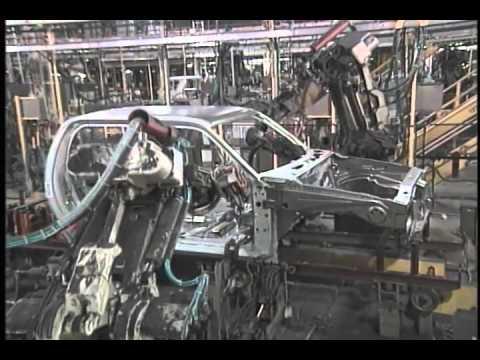 A look inside kentucky truck doovi for Motor city towing dearborn