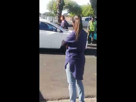 Los Anormales - Mujer ESTALLA en LLANTO al encontrar a su ESPOSO con su AMANTE