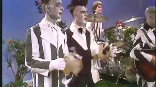 Watch Split Enz Sweet Dreams video