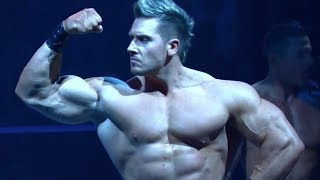 Bodybuilder turned wrestler Rob Terry - Robbie T Posedown on TNA