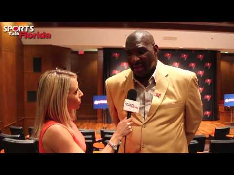 Tampa Bay Buccaneers Ring of Honor Inductee Doug Williams with Jenna Laine