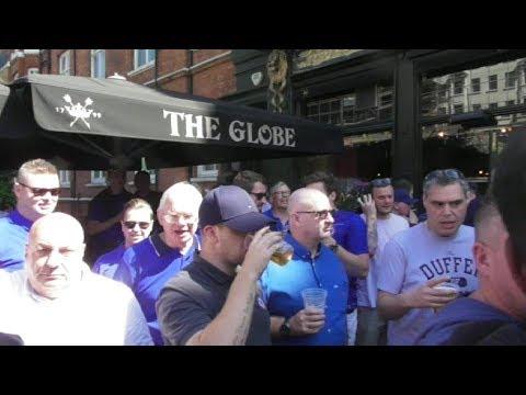 Chelsea fans at Globe Pub Baker Street / FA Cup Final 2018 Chelsea vs Man Utd