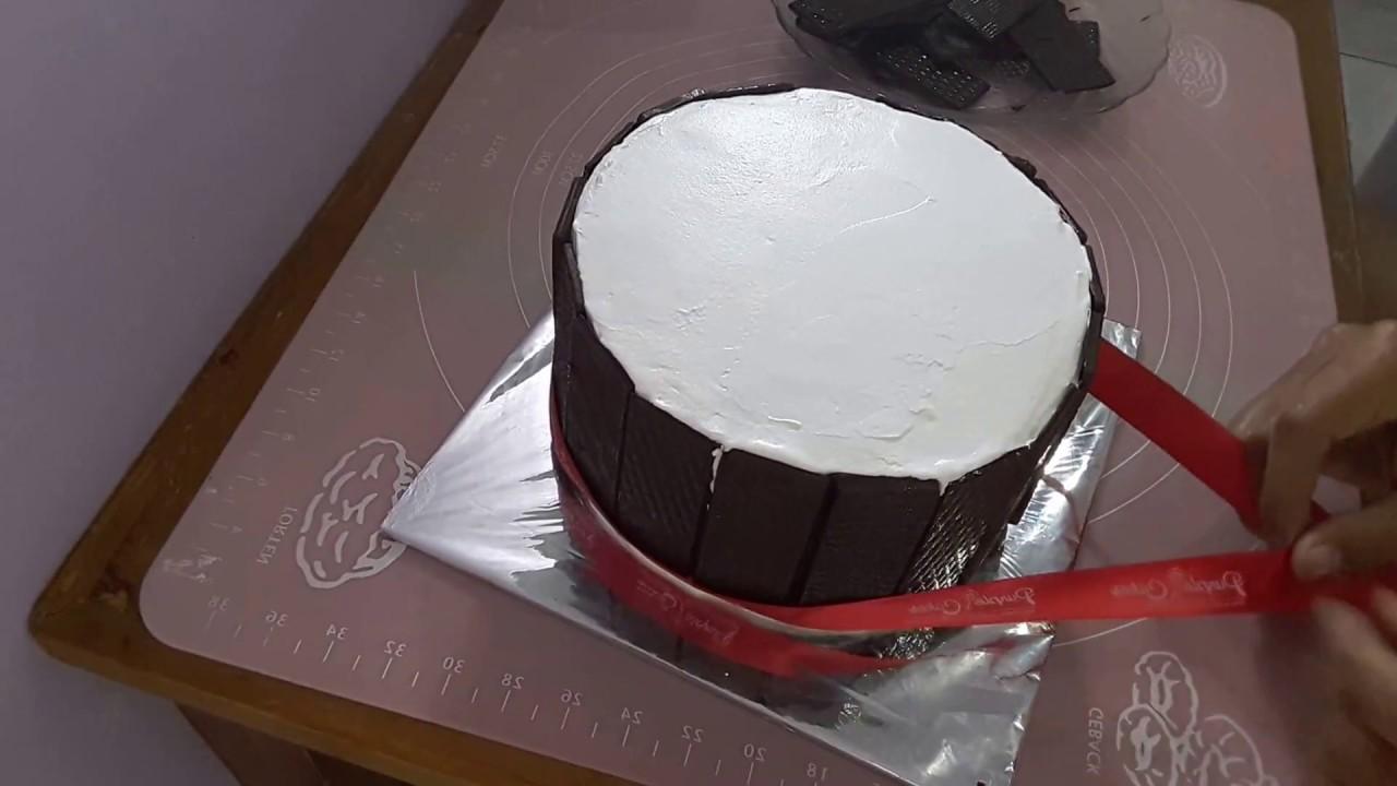 Cara Menghias Cake menggunakan pagar coklat tutorial YouTube