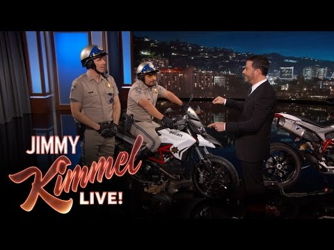 Dax Shepard and Michael Pena Debut CHIPs