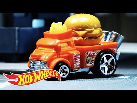 HW FAST FOODIE™ Delivery | Hot Wheels