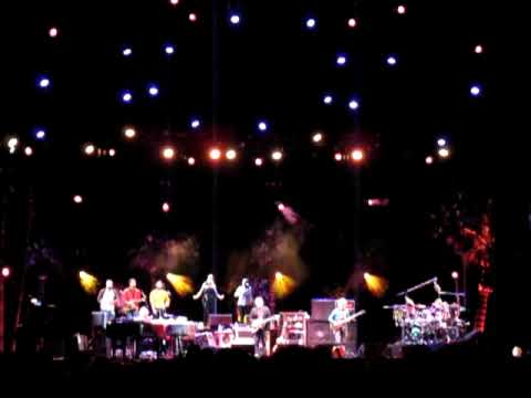 Shine a Light: Phish at Festival 8