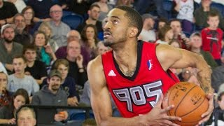 Highlights: Melvin Johnson III (20 points)  vs. the BayHawks, 12/9/2015