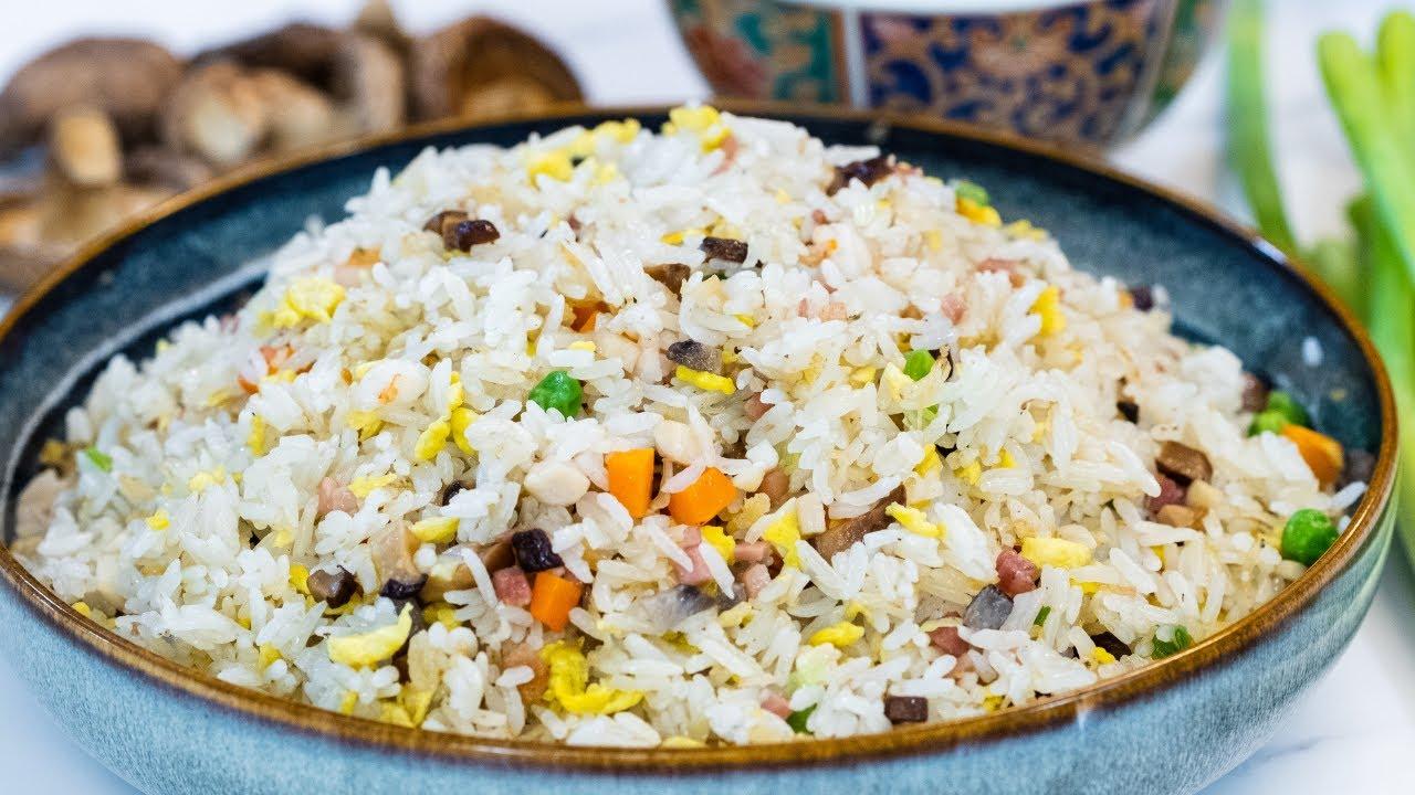 China's Most Famous Fried Rice Recipe - Yangzhou Chaofan (扬州炒饭)
