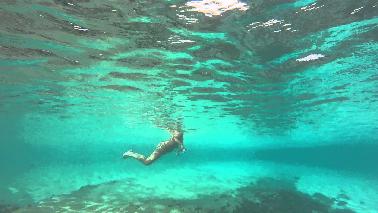 woman underwater nude