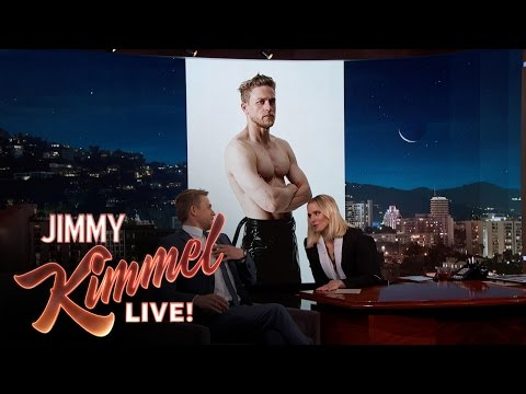 Download Youtube: Guest Host Kristen Bell Interviews Charlie Hunnam