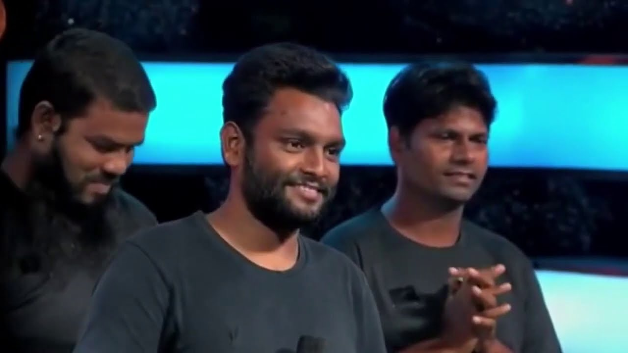 Download Indian idol 2020 : Yuvraj Indian idol 2020   झाड़ू लगाने वाला ऐसा गाया ❤️   Unbelievable performance