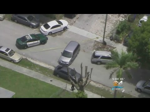 ICE Officer Forced To Fire In Pompano Beach