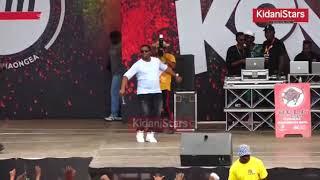 Makonda akicheza mziki. The bashite dance