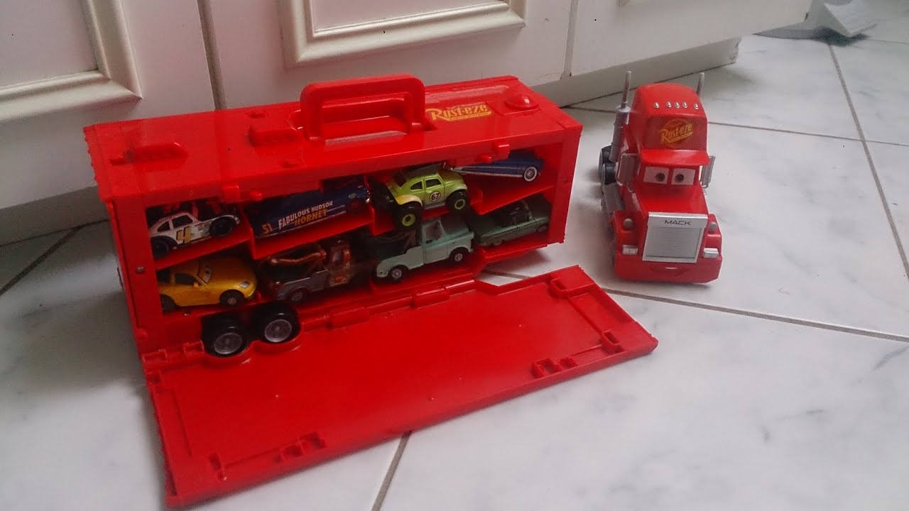 Mack Truck Carry Case Disney Cars Display Store 16 Diecast