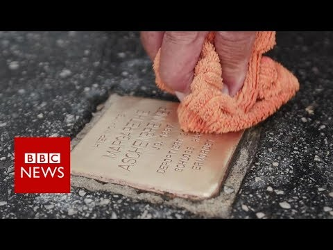 Preserving the memory of Holocaust victims - BBC News