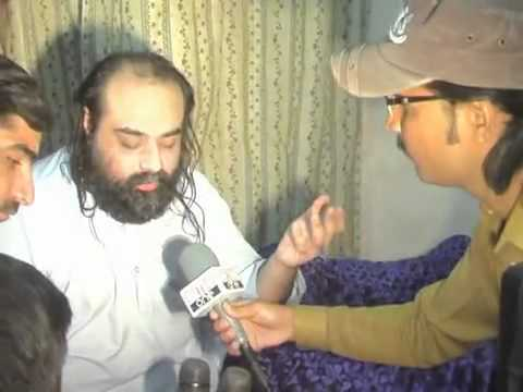 Sain Najeeb Sultan at Jacobabad March 2012.flv