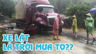 Xe đổ là trời mưa to - Điểm đen tai nạn giao thông