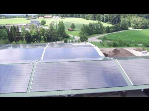 movie of a roof top solar power plant in Switzerland / Film eines Solardachkraftwerks in der Schweiz