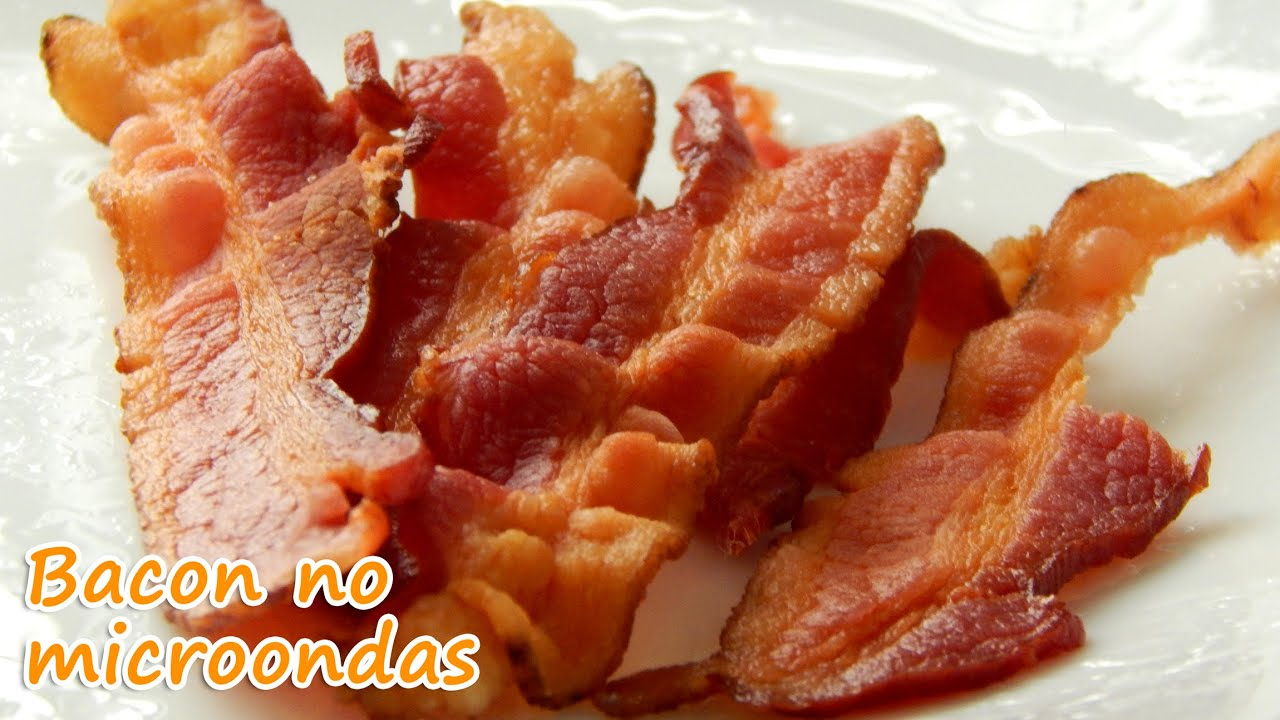Bacon crocante e sequinho feito no microondas - YouTube