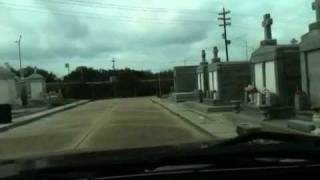Drive through Greenwood Cemetery New Orleans