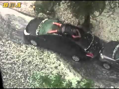 Come proteggere l'auto nuova dalla grandine.