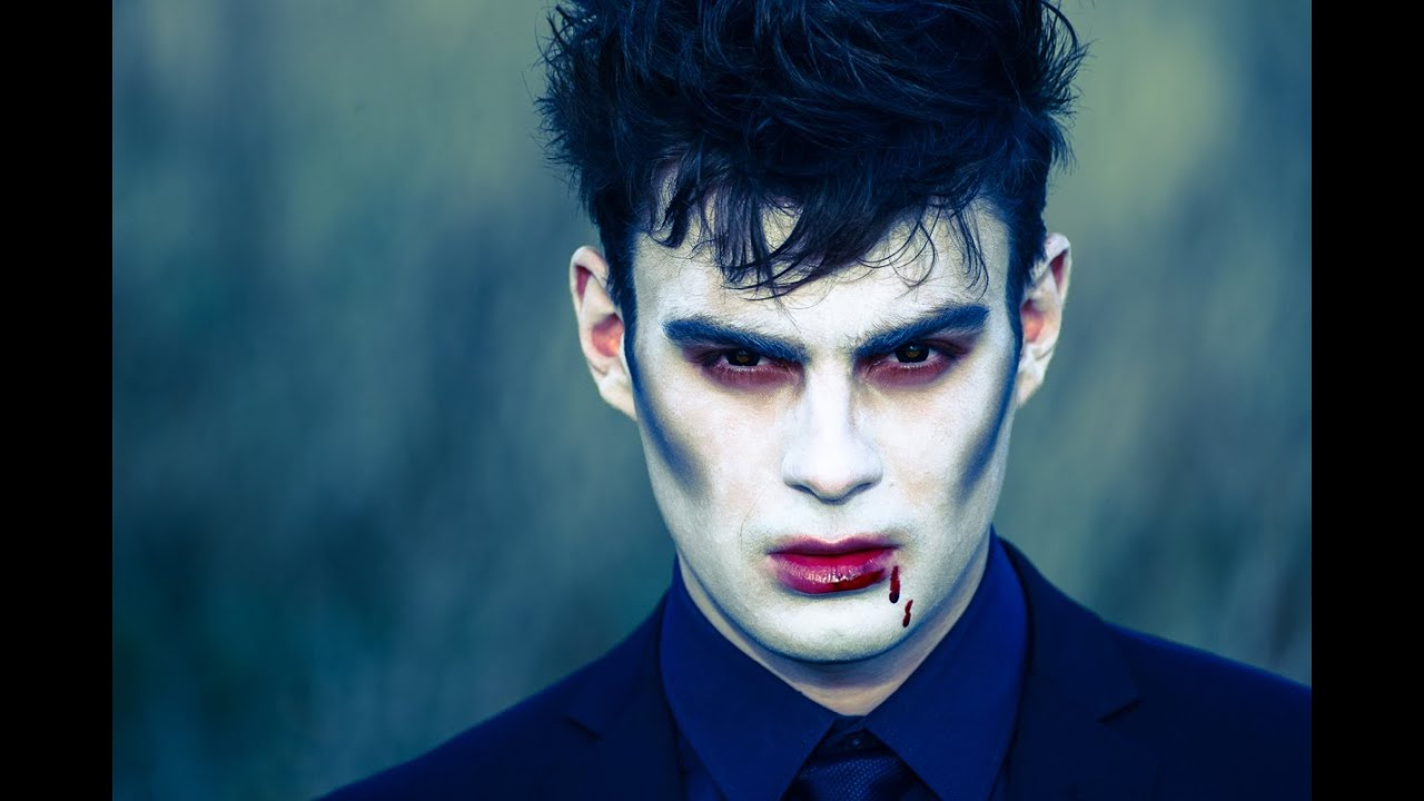 Halloween: Vampire Make-up Tutorial - YouTube