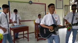 Video clip Last child-Tak pernah Ternilai Versi Last boy SMAN2 Sungai Raya XI IPS 2