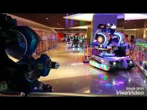 Perang Robot Di Neo Soho Central Park Mall Youtube