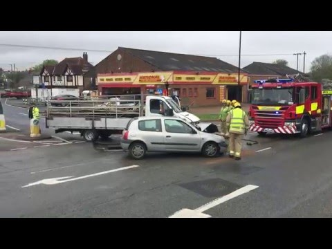 Newport Car and Truck Crash   Isle of Wight Radio