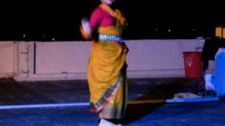 Ei ranga matir pathe - dance by brishti