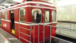 """Выставка ретро-вагонов метро на станции """"Партизанская"""" 15 мая 2015 года"""