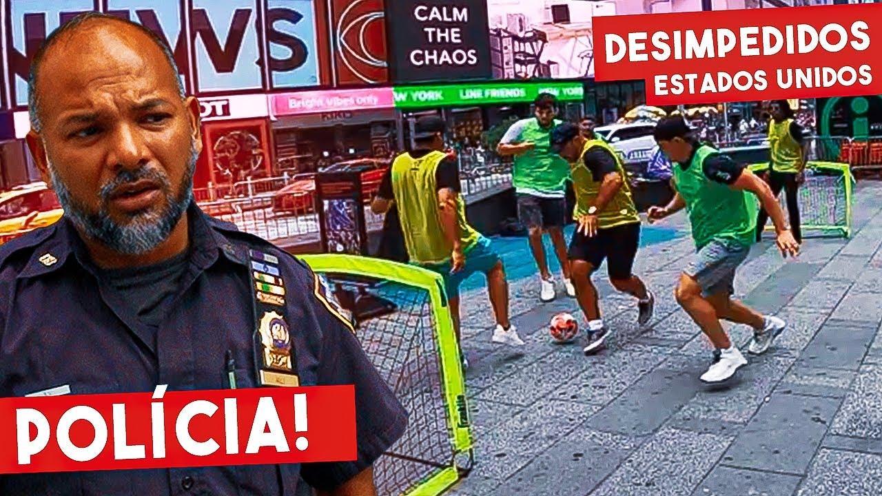 Futebol de Rua na Times Square! Deu Polícia!
