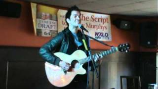 """Andy Grammer covers Snow Patrol """" Chasing Cars"""" At Funky Murphys"""