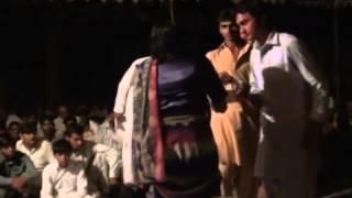 syed per ali asgar shah video(gohar fridi party)_slana urs per syed nzer hussain shah gilani hasn