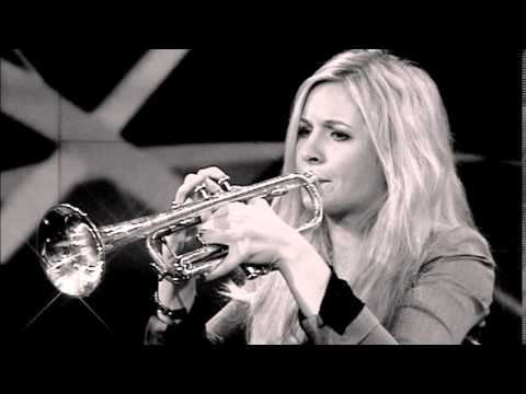 Alison Balsom - J.S. Bach - Concerto for solo keyboard No. 1 in D major