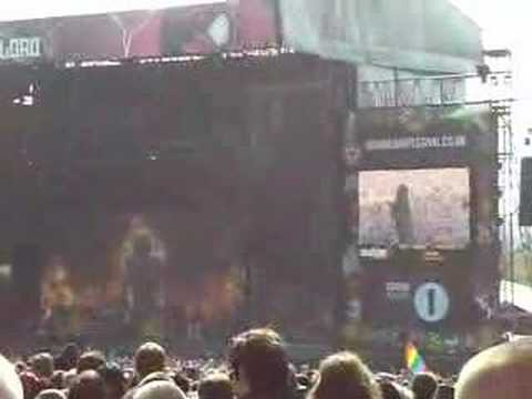 Disturbed - Stricken (clip) live at Download 2008
