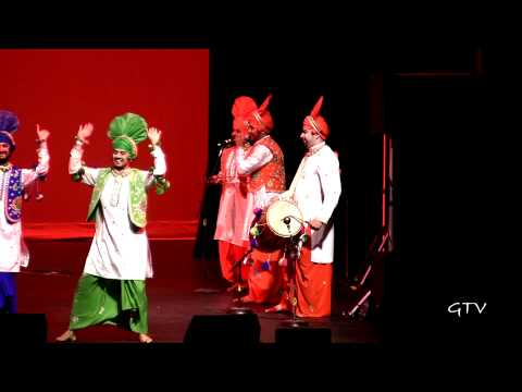Surrey India Arts Club (Live Band View) @ Bulldog Bhangra 2011