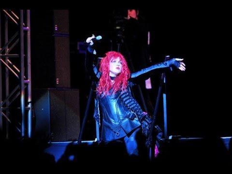 Cyndi Lauper - Live at the Nippon Budokan [FULL CONCERT 2015]